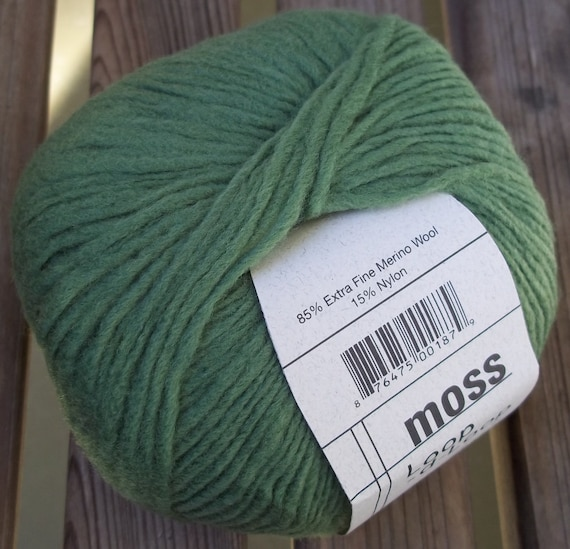 Sublime Lola  Super chunky yarn 100g  OUR PRICE £9.95   10 colours