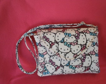 f54213074 Hello Kitty Crossbody Purse
