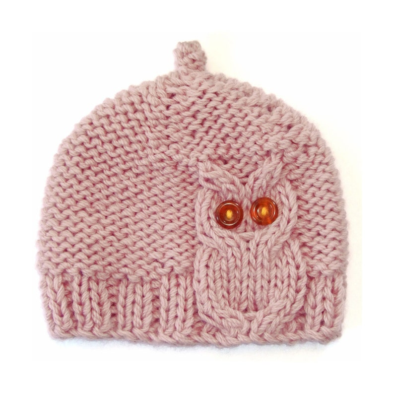 Owl Cable Knit Hat in Cream Pink image 0