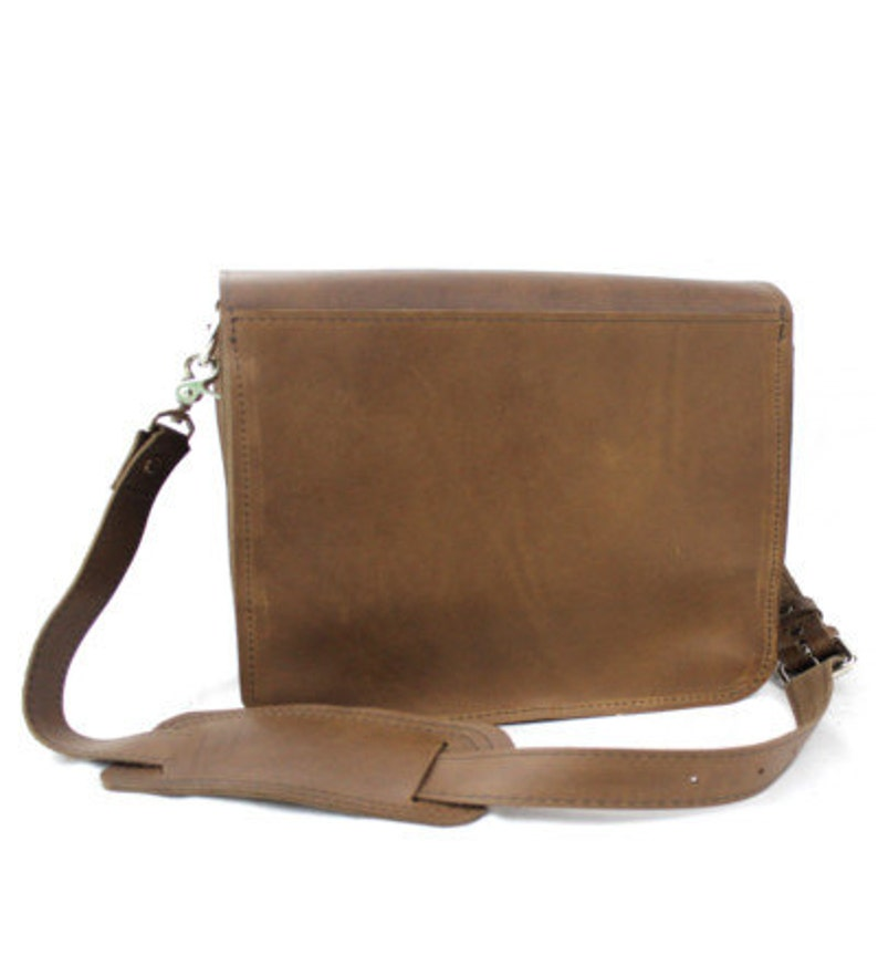 15 Brown Sonoma Mission Leather Camera Bag
