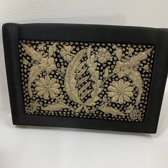 Vintage Soure Bag New York Zardozi Embroidered Clu