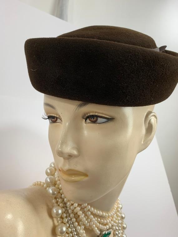 Vintage 1950s Brown Wool Felt Hat 1960s Felt Pill