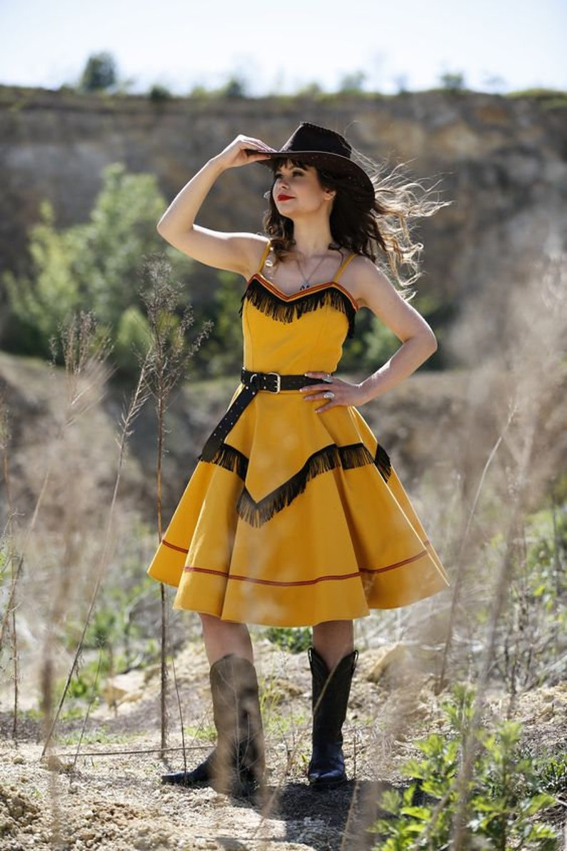 Vintage Western Wear Clothing, Outfit Ideas     Sierra dress /pin-up country style By TiCCi Rockabilly Clothing $119.00 AT vintagedancer.com