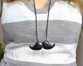Moustache necklace - Gifts for her