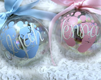 Baby's First Christmas Ornament /Personalized Custom Christmas Ornament / Christmas Ornament / Gift for New Moms / Gift for Grandparent