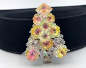 Margarita Bead Christmas Tree Brooch, Jonquil Yellow, ca. 1960s