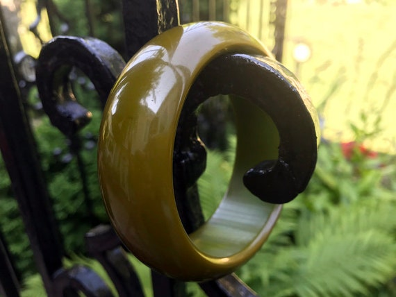 Chunky Domed Olive Green Bakelite Bangle, Bakelite
