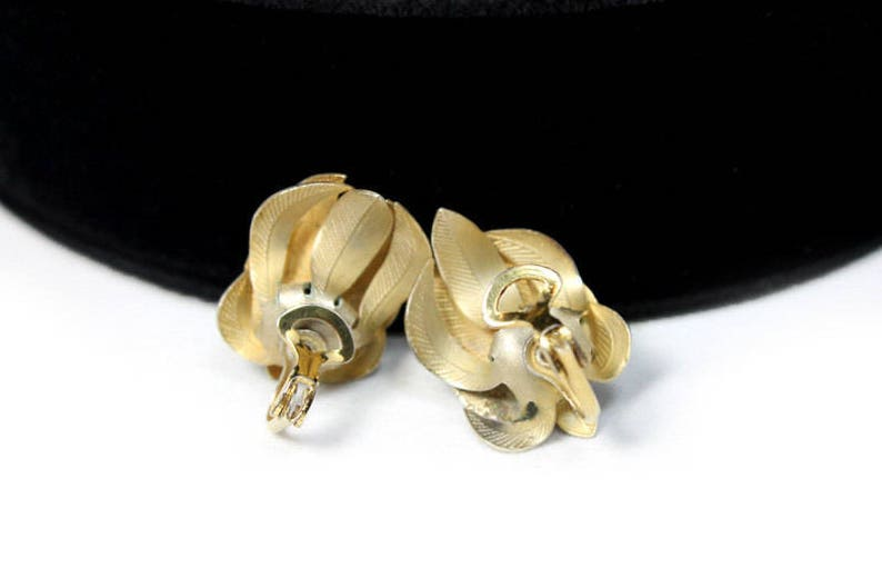 Modernist Flower Brooch and Earring Set ca 1950s Vintage Jewelry Sets