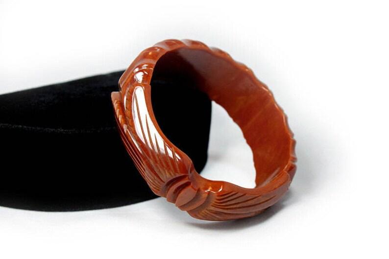 Bakelite Jewelry Carved Toffee Bakelite Bangle AS IS