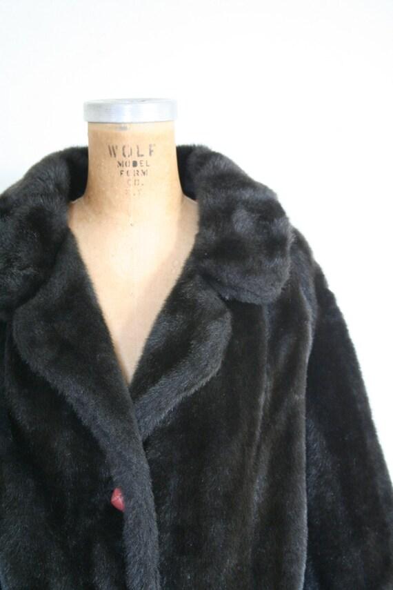 vintage 1950s faux fur coat - '50s faux fur jacke… - image 2