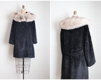 vintage 60s black coat with luxurious fox collar / 1960s fur collar coat - jet black velvet chenille coat / ladies vintage winter coat