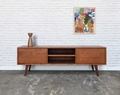 Kasse TV Stand - Solid Cherry - Antique Cherry Finish
