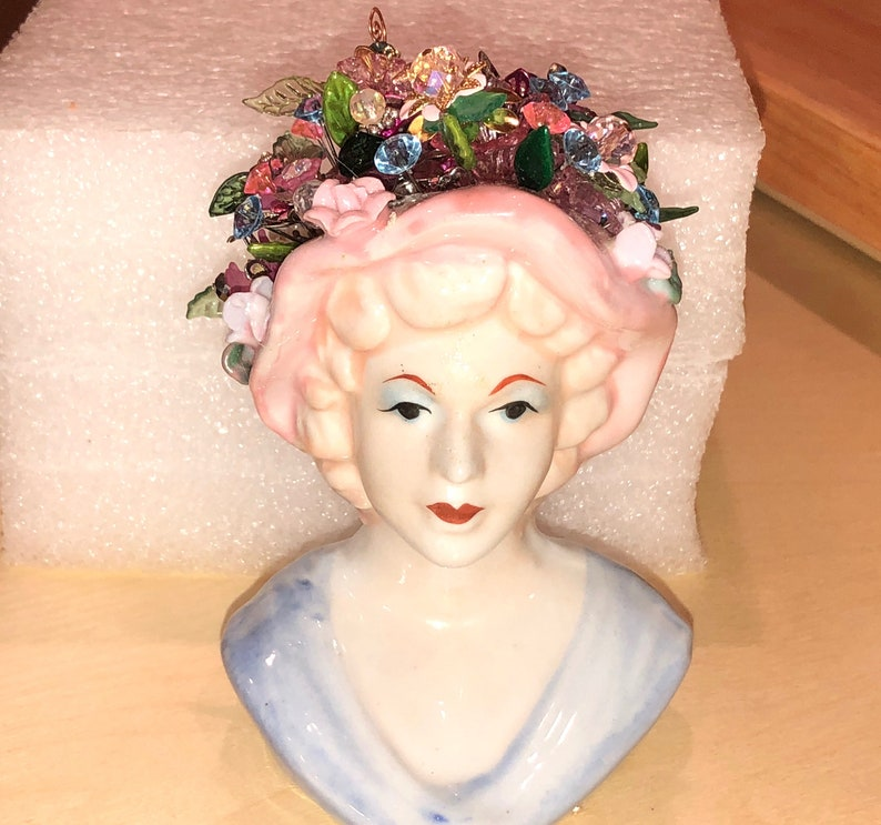 Fiona: Exquisite Vtg 5 12 Tall Mint! wflowers Rare Hand Painted Bisque Porcelain 1950/'s LADY HEAD VASE w35 Handmade FlowersLeaves