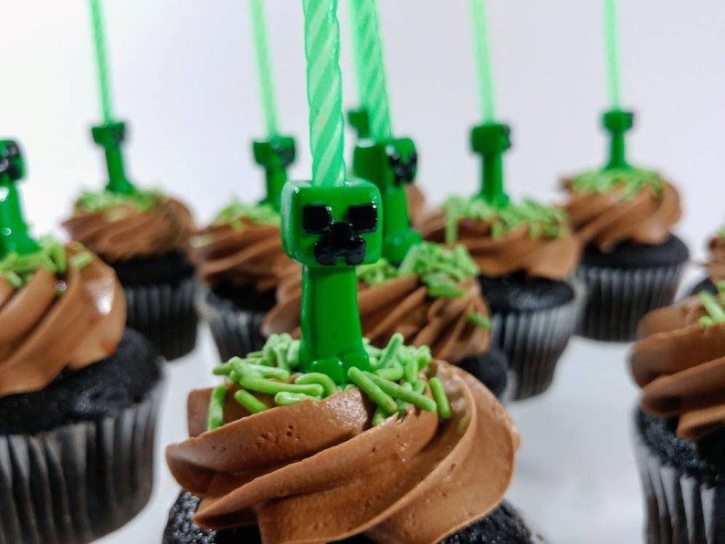 Minecraft Creeper Birthday Candle Holder Cake Topper