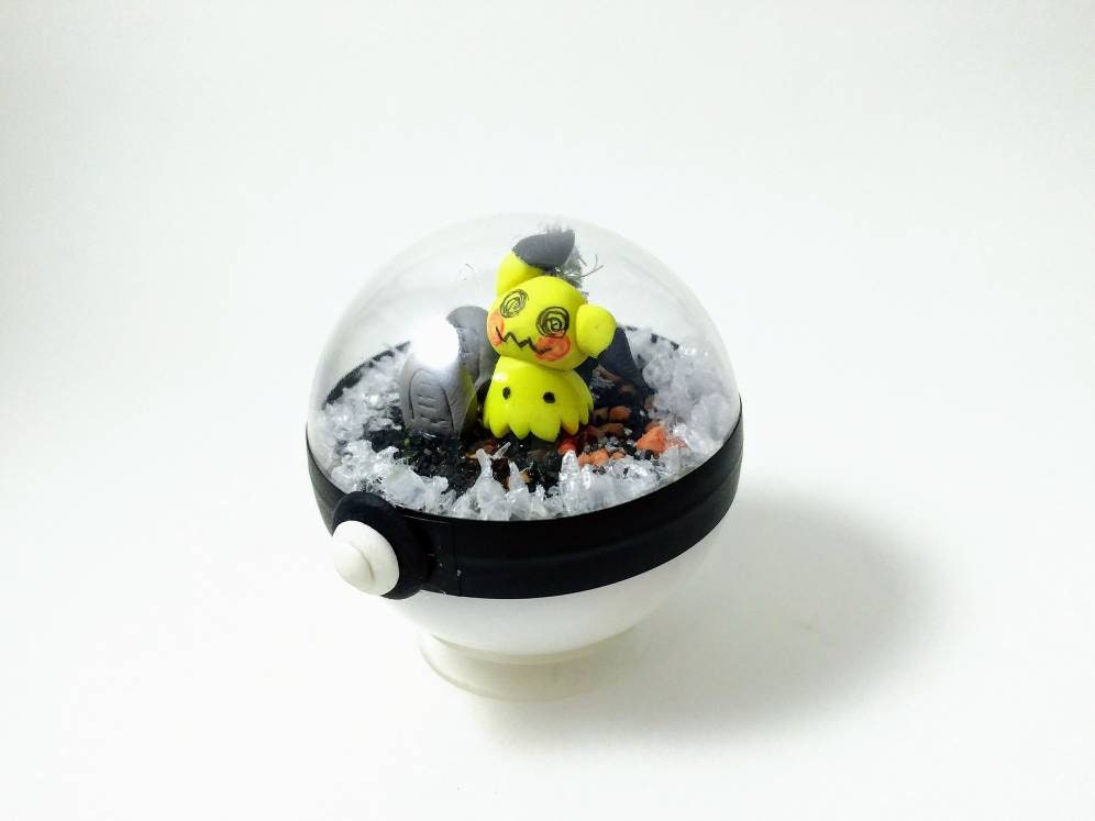 Mimikyu Pokeball Terrarium Miniature Pokemon Pokemon