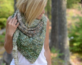 CROCHET PATTERN-Wander Freely Shawl (One size)