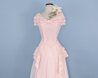 e0004f79a Vintage 50s Lace and Tulle Pink Ballgown, Vintage 1950s Pink Lace Prom Dress