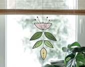 Stained glass Flower,Pink Flower Suncatcher,Glass plant,Cactus decor,Succulent decor,Mother's day gift,Garden gift,Spring decor,Art mobile