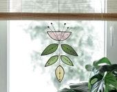 Stained glass Flower,Pink Flower Suncatcher,Glass plant,Cactus decor,Succulent decor,Mother's day gift,Garden gift,Spring decor,Art mobile