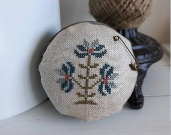 primitive cross stitch Flower Blue zinc jar lid pin cushion