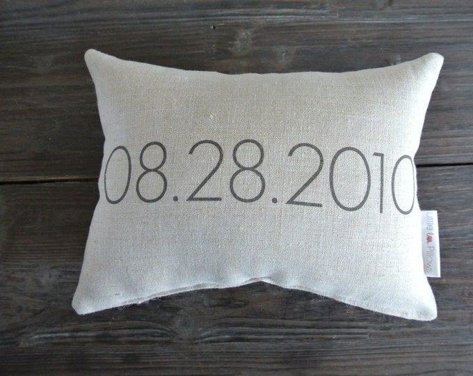 Personalized Pillow, Date Pillow, Wedding Day Pillow, Name Date Pillow, shower gift pillow, Couples, anniversary pillow, Little Love Pillow
