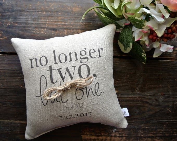 Personalized Ring Bearer Pillow, Ring Pillow, Custom Ring Cushion, Ring bearer pillow, linen ring, Linen Ring bearer Pillow, Custom Cushion