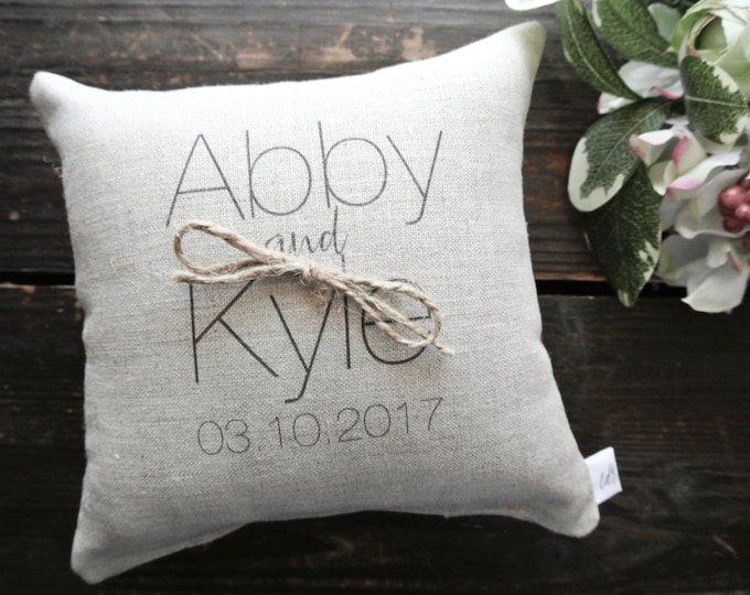 RIng Pillow, Personalized Ring Bearer Pillow, Custom Ring pillow, Ring bearer pillow, linen pillow, Ring Cushion, Linen Ring bearer Pillow