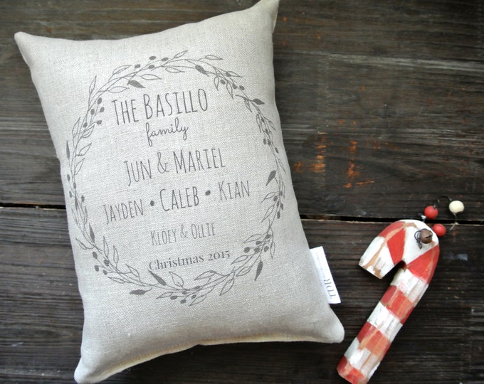 Personalized Christmas Pillow, Personalized Holiday Pillow, Personalized Family Name Pillow, Rustic Christmas, Custom Christmas Linen Pillow