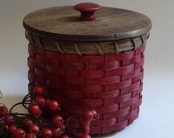 Toilet Paper Basket-Painted Basket-Storage Basket-Basket with a Lid-Canister Basket-Primitive Style