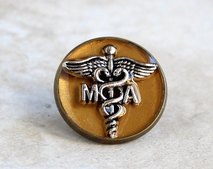 medical assistant pin, gold, MA pinning ceremony
