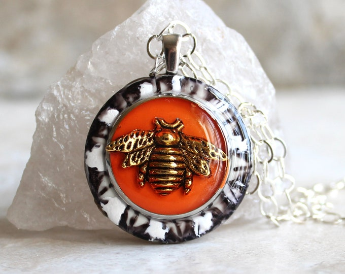 bee necklace, honeybee jewelry, bumblebee pendant, colorful jewelry, nature necklace, unique gift, boho jewelry, hippie jewelry