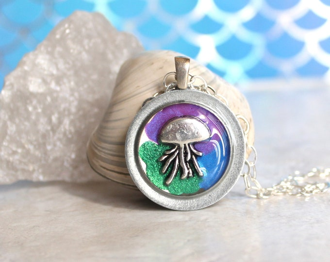 jellyfish necklace, jellyfish jewelry, nature necklace, unique gift, surfer jewelry, ocean pendant, ocean lover, aloha jewelry