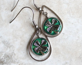 green four leaf clover earrings, good luck charm, clover jewelry, st. patricks day, luck of the Irish, Irish jewelry, teardrop earrings