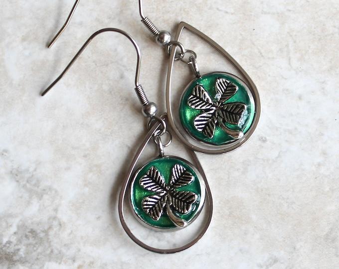 green four leaf clover earrings, good luck charm, clover jewelry, st. patricks day, luck of the Irish, Irish jewelry, teardrop earrings
