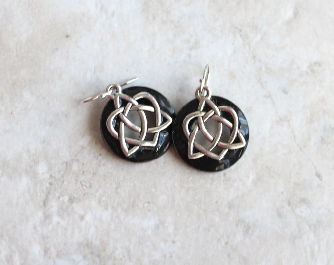 black Celtic sister knot earrings, Celtic jewelry, sister gift, friendship jewelry, unique gift, druid jewelry, wiccan earrings