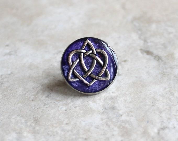 deep purple celtic knot tie tack, lapel pin, triquetra tie tack, celtic jewelry, mens jewelry, wedding party, groomsmen gift, groom gift