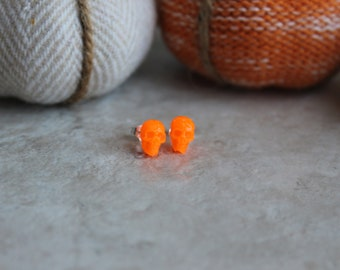 orange skull earrings, sterling silver post, glow in the dark, post earrings, Halloween jewelry, Halloween costume, Halloween earrings
