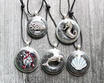 ocean themed tree ornaments, set of 5, miniature tree, summer ornaments, orca ornament, sea turtle, seahorse, scallop shell, jellyfish