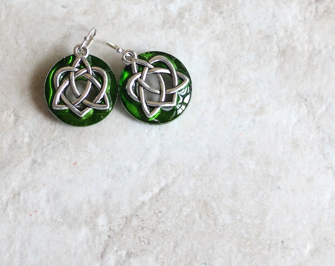 green Celtic sister knot earrings, Celtic jewelry, sister gift, friendship jewelry, unique gift, valentine earrings