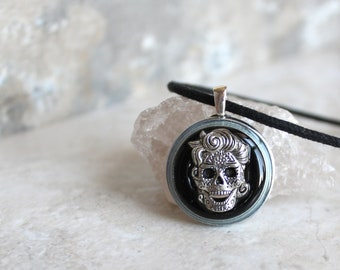 black day of the dead necklace, skull necklace, skull jewelry, sugar skull, halloween costume, halloween jewelry, halloween necklace