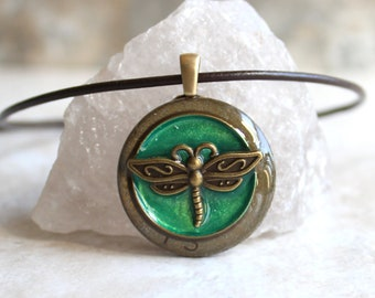 green dragonfly necklace, dragonfly jewelry, nature necklace, unique gift, gift for woman, boho jewelry, bohemian style, festival wear