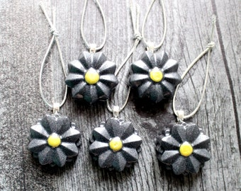 flower ornaments, set of 5, black, table top tree ornaments, spring tree decorations, miniature tree