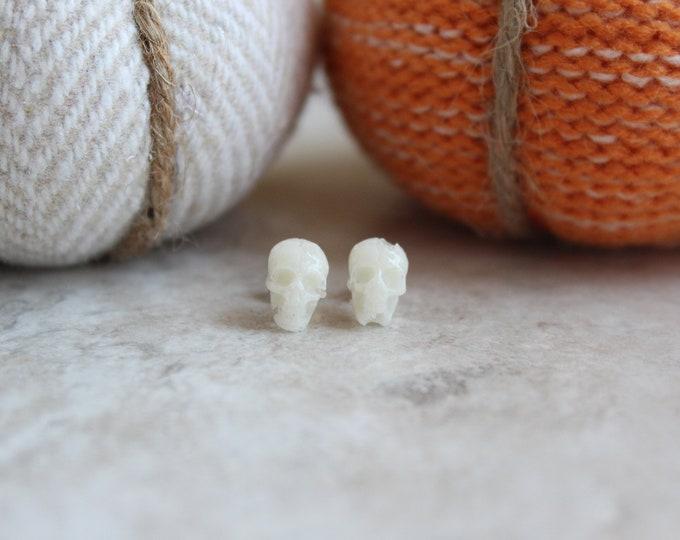 white skull earrings, post earrings, small earrings, sterling silver post, Halloween jewelry, Halloween costume, Halloween earrings