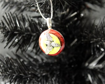 bee Christmas tree ornament, red, table top tree ornaments