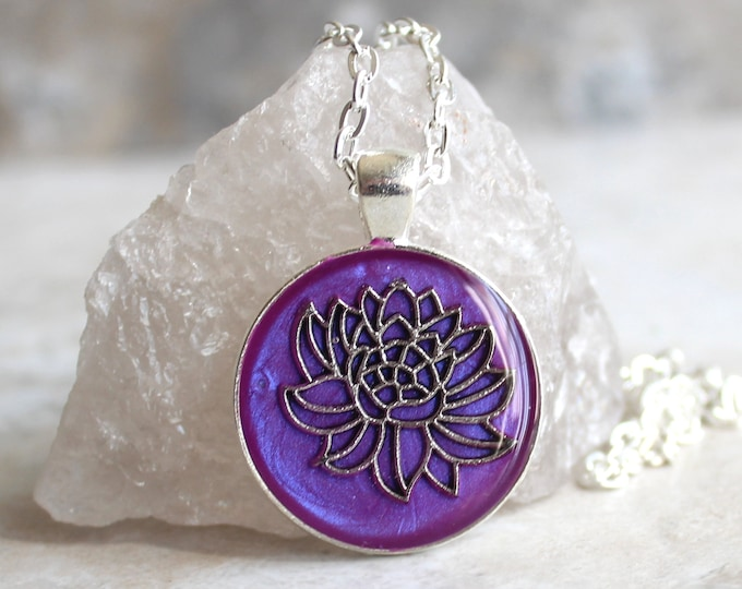 violet lotus flower necklace, water lily, nature necklace, floral jewelry, unique gift, woman gift, spiritual jewelry, gift for her