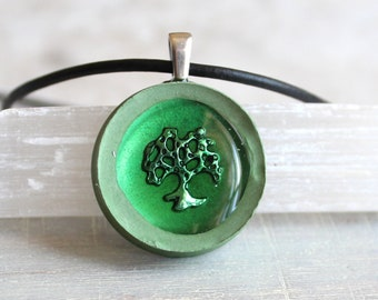 green oak tree necklace, nature necklace, tree pendant, unique gift, mens necklace, wiccan jewelry, oak tree jewelry, husband gift