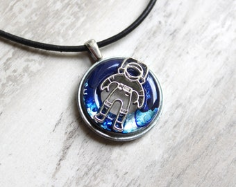 astronaut necklace, outer space jewelry