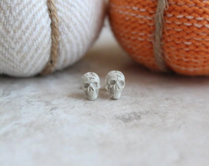 skull earrings, skull jewelry, Halloween jewelry, Halloween earrings, Halloween costume, unique gift, day of the dead