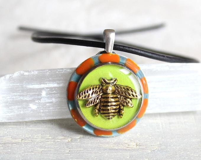 glow in the dark bumblebee necklace