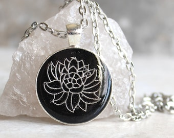 black lotus flower necklace, water lily, nature necklace, floral jewelry, unique gift, woman gift, spiritual jewelry, gift for her